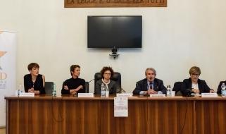 Interventi di: FRANCESCA FARRUGGIA (segretario generale IRIAD); ELISABETTA LO GIUDICE (referente progetto UIEPE); PATRIZIA CALABRESE (Direttore UIEPE); FABRIZIO BATTISTELLI (Presidente IRIAD); RITA ANDRENACCI  (Dirigente Dipartimento per la giustizia minorile e di comunità); GABRIELLA STRAMACCIONI (Garante dei diritti delle persone private della libertà di Roma Capitale)